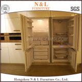 N & L mobilia di vetro della cucina dei portelli della lacca in bianco e nero