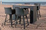 의자 회전대 바는 부엌 바 의자와 테이블 1를 착석시킨다