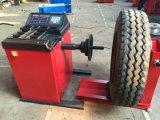 Compensatore di rotella per l'equilibratura delle gomme del camion