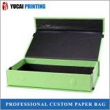 Eben produzierter faltender Papierkasten-Geschenk-verpackenkasten