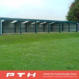 イギリスの安いプレハブのガレージのプロジェクト