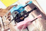 Côté mobile externe de vente chaud de pouvoir de chargeur de guitare mignonne