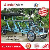 使用料のためのタンデム自転車4の車輪の自転車は浜の側面のサリー州のバイクを自転車に乗る