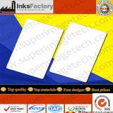 PVCカードか白いカードまたはブランクカードまたは磁気カードまたはバーコードのカードまたはプリントカードまたはカードの印刷