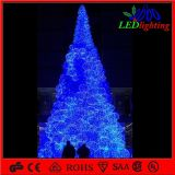 H: 5m Assembled Christmas Ball Motif Lighting Artificial Tree für Shopping Center