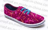 De veelkleurige Gevulcaniseerde Schoenen van het Canvas van pvc Outsole voor de Vrouwen van Meisjes (RF16024)