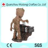 Guardas vivos de las figuras de acción de Groot del bebé de la resina de Groot de la galaxia estatua
