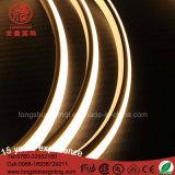 320 indicatore luminoso al neon IP65 SMD2835 della striscia flessibile Anti-UV del chip di vista di illuminazione di grado LED