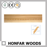 Material de construção que cinzela a coroa de madeira que molda para a decoração