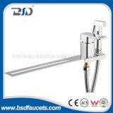 Faucets раковины смесителя кухни крома однорычажного квадратного аэратора вращая