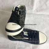 Помытая верхушка ботинка джинсовой ткани с резиновый Outsole