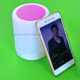 Haut-parleur sec sans fil de lampe de Changering Bluetooth de 7 couleurs (533)