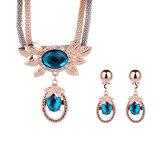 Manier 2 van de Halsband van de Oorring van de Tegenhanger van het Kristal van het bergkristal PCs Geplaatste  Juwelen