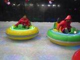 El coche de parachoques en el hielo molió para la venta