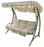 庭の振動椅子をScrollwork立てなさい