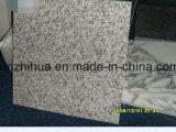 中国の大きい白い花の花こう岩のタイル