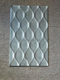 La talla de 300*600 impermeabiliza el azulejo de cerámica de la pared