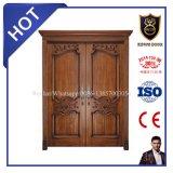 O projeto europeu da alta qualidade deslizou as portas de entrada de madeira da porta principal