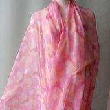 女性のためのピンクによって印刷されるボイルのスカーフ
