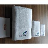 Оптовое полотенце ванны хлопка гостиницы цены по прейскуранту завода-изготовителя