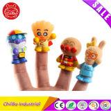 おかしい漫画子供のギフトのためのプラスチック指のおもちゃ
