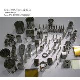 CNC는 정밀도 시제품에 의하여 양극 처리된 알루미늄 자동 예비 품목을 기계로 가공했다