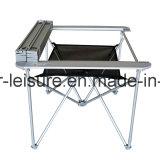 Topsalesのパテントのアルミニウム軽量の遊ぶキャンプの屋外の折りたたみ式テーブル