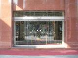 Residencial automática brillante puerta corredera de cristal