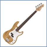 Una chitarra bassa elettrica delle 5 stringhe, alta chitarra bassa di Quanlity in azione