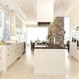 Gabinete de cozinha contemporâneo americano da madeira contínua