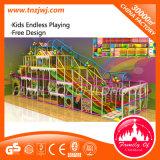 Игрушки оборудования спортивной площадки мягкой игры крытые для детей