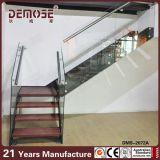La última escalera de madera de interior residencial (DMS-2072)