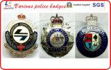 カスタム警察は国民のバッジの軍隊のバッジに記章を付ける