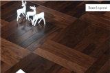 Revêtement de sol en bois massif à chevrons en noyer noir / parement en bois reconstitué