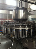 Engarrafamento da água do suco e máquina tampando com alta qualidade