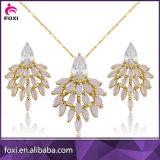 Flor de diseño de moda de la CZ del oro La joyería plateada