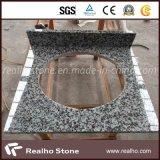 Salle de bains grise Vanitytop du granit G439 de Pauline avec le bassin simple de porcelaine