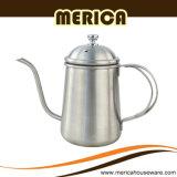 L'acciaio inossidabile di Gooseneck versa sopra la caldaia del caffè