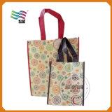 I sacchetti convenienti hanno stampato con colore della molla (HYbag 016)