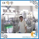 Automatische gekohlte Getränkeflaschen-Füllmaschine