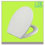 Flacher Entwurfs-einfacher gebetriebener Harnstoff-materieller Toiletten-Sitz