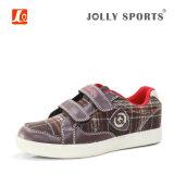 Sports de mode exécutant les chaussures occasionnelles de filles de garçons de gosses