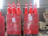 Cône rouge plein fluorescent de trafic de sécurité routière