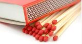 Corrispondenze di sicurezza di legno cape rosse dei bastoni di legno naturali