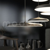Luz pendiente del UFO de la dimensión de una variable del diseño moderno del cobre con la cortina lisa del metal para la sala de estar