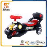 Conduite en gros de véhicule de torsion sur le véhicule de jouet avec la musique et la lumière