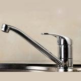 Санитарной Faucet тазика изделий современной латунной одиночной установленный палубой