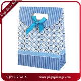 2017 sacs en papier floraux de transporteur de sacs à provisions de cadeau avec le traitement de bande de satin