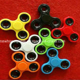 Cheap Fidget Spinner Solid Color Spinner de mão Spinner de dedo Brinquedos EDC Tri Digit Air Plastic Finger Gyro Spinners