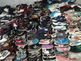 Balas de Vestuário Usado Sapatos Usados para Venda